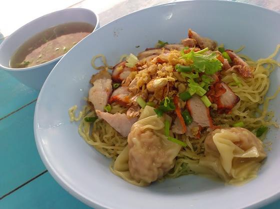 タイ料理のバミーヘン