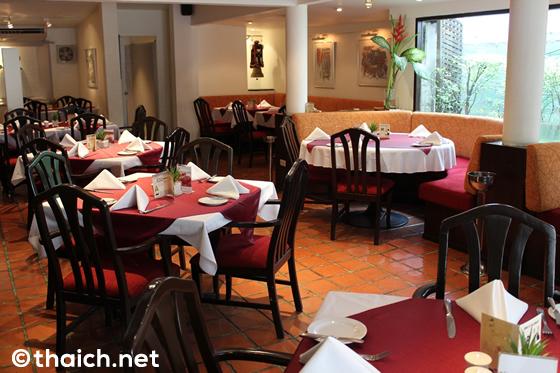 CHESA~バンコクで唯一のスイス料理店