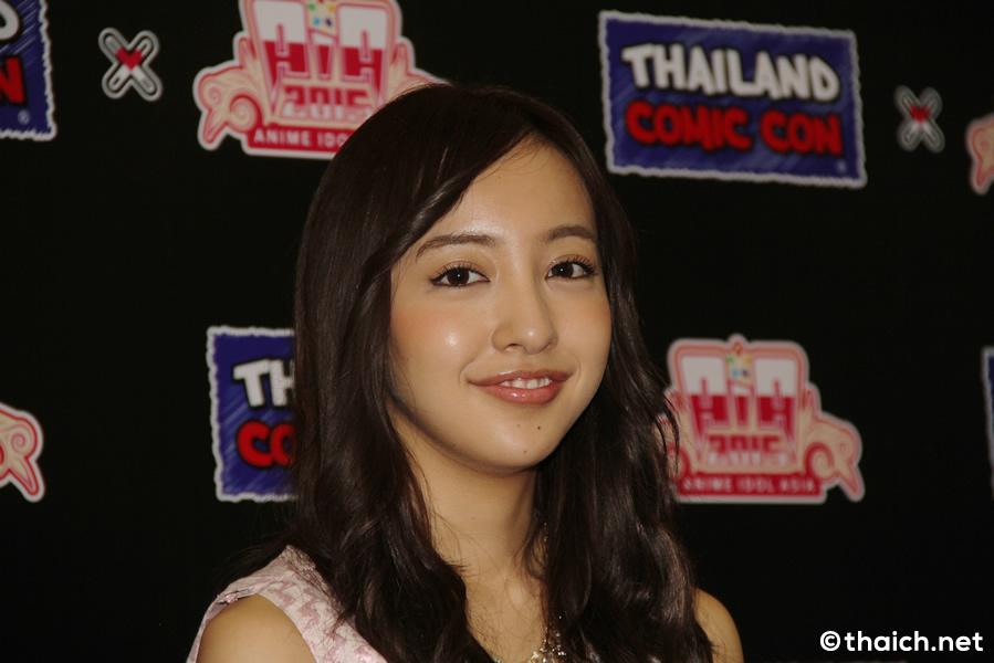 板野友美インタビュー in バンコク[THAILAND COMIC CON x ANIME IDOL ASIA 2015]