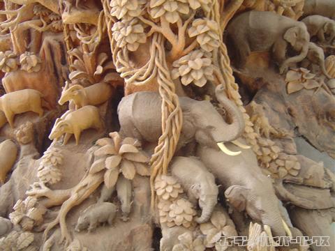 木彫り細工