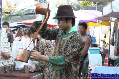 タイ南部式ミルクティ「テタレ」