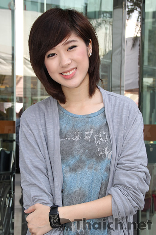 ケウ-フェイファンケウ(KAEW-Faye Fang Kaew)