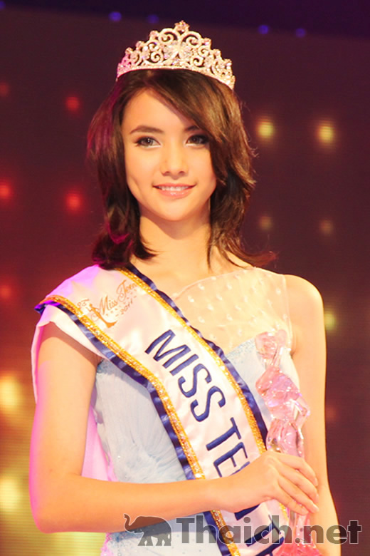 Miss teen Thailand 2011 by Suzuki Jelato