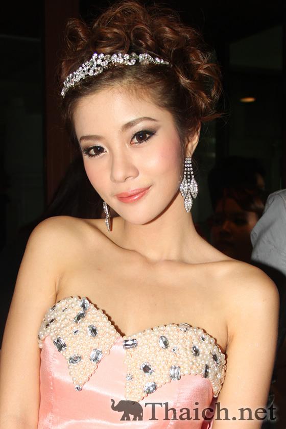 https://www.thaich.net/kawaii/006/20120620a-3.htmイムラーポン(Jam-Charattha Imraporn,แจม-ชรัฐฐา อิมราพร)