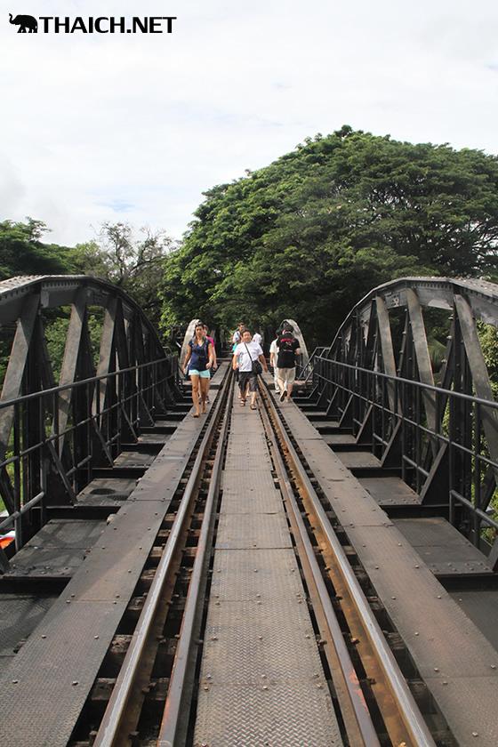 タイ「戦場にかける橋」観光に注意、日本人男性が列車に接触して転落