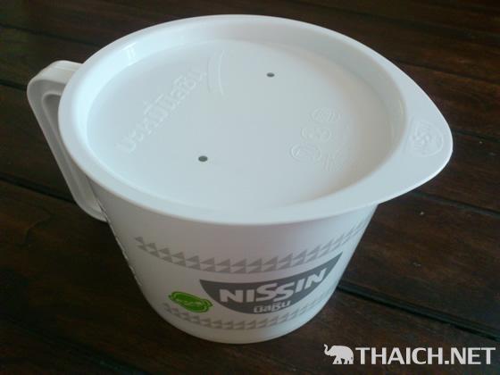 タイの日清袋麺は7バーツ(約20円)なのに濃厚スープで激旨
