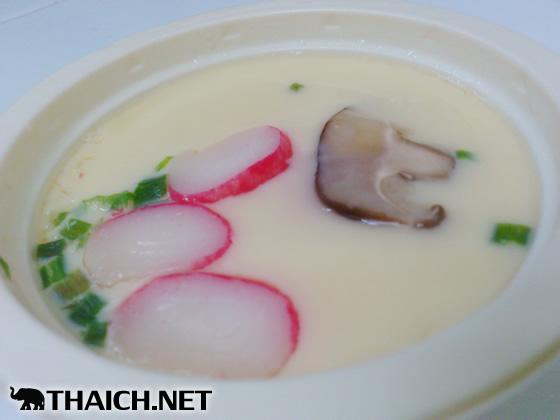 タイのセブンイレブン限定日本式カップ茶碗蒸し「カイトゥンカップ・スタイルイープン」