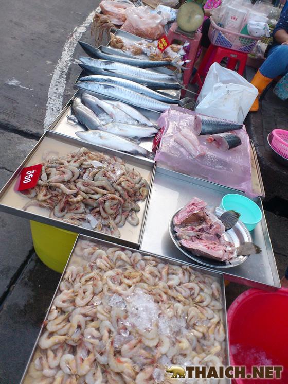 チョンブリ県ノーンモン市場へシーフード買い出しの旅