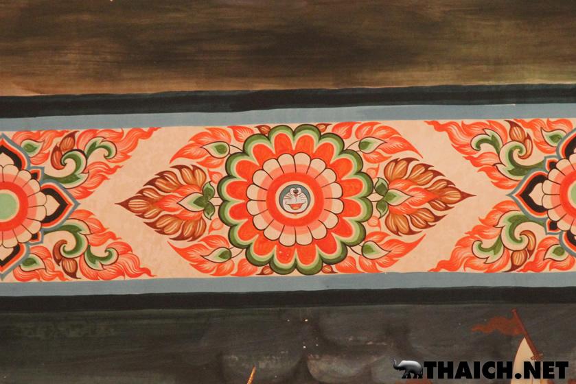 タイの寺院「ワット・サンパシウ」の壁画に描かれたドラえもんータイハイパーリンクスより引用