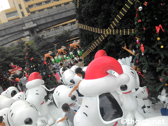 スヌーピーだらけのセントラルワールドのクリスマス