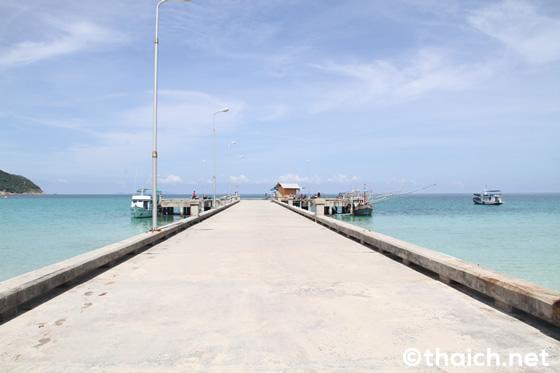 パンガン島チャロクルムビーチ