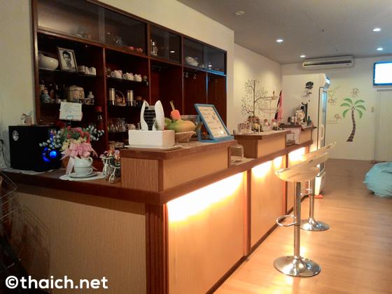 パンガン島のマカロンが美味しくて、くつろげるカフェ Daily Sweet Cafe'