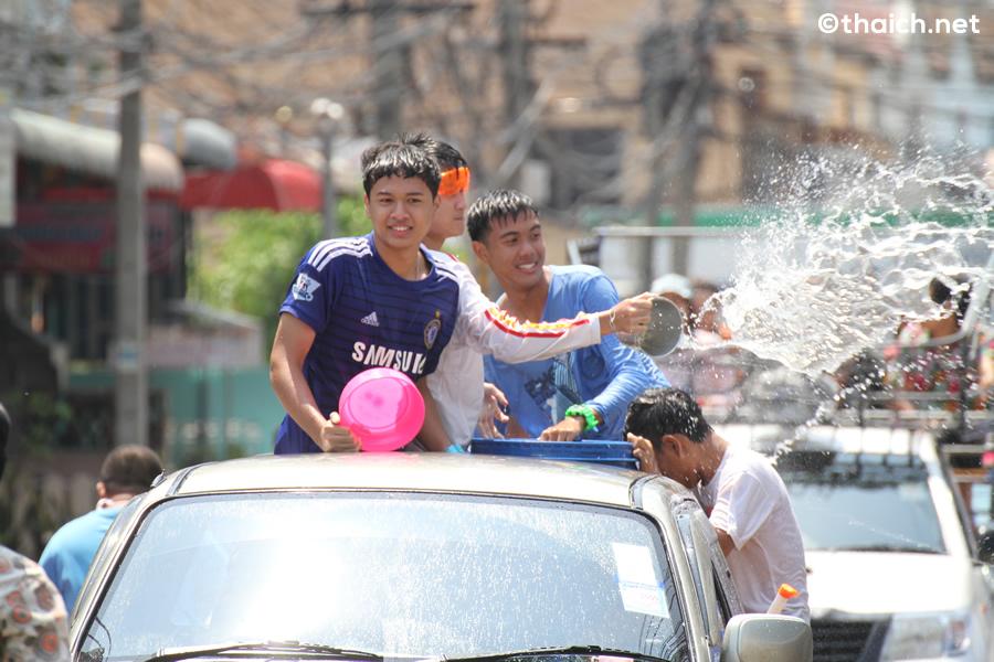 2015年ソンクラーン(タイ正月・水かけ祭り)の様子