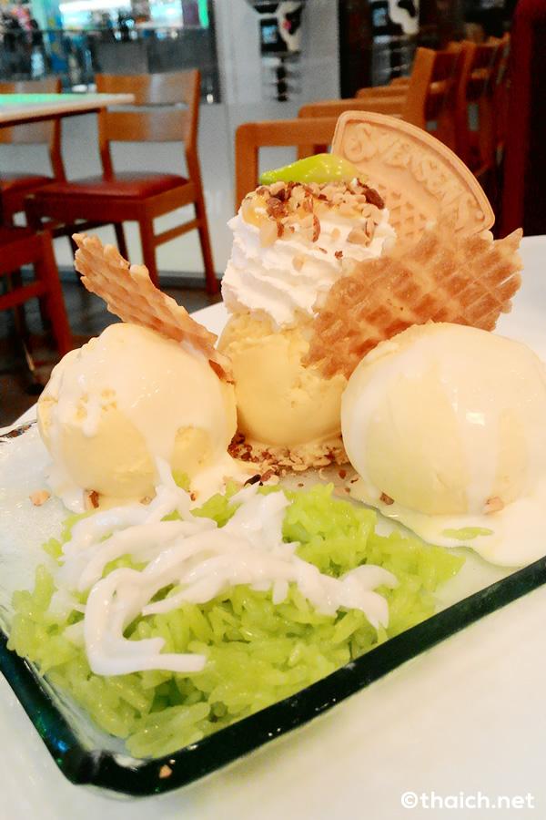 SWENSEN'Sのマンゴーアイスクリーム&もち米+ココナッツミルクが旨い!