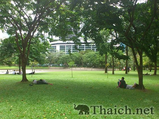 ベンジャシリ公園(Benchasiri Park)