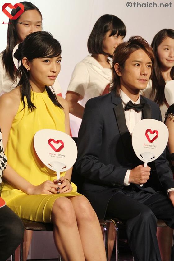 滝沢秀明、川口春奈らがJシリーズフェスティバルのステージに登場!