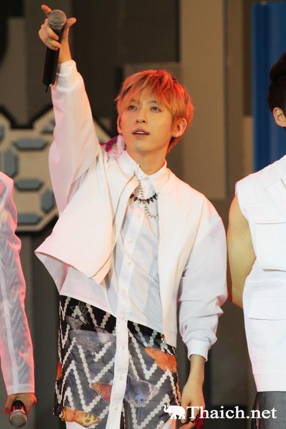 韓流ボーイズグループSHU-IがタイのTVショーに生出演