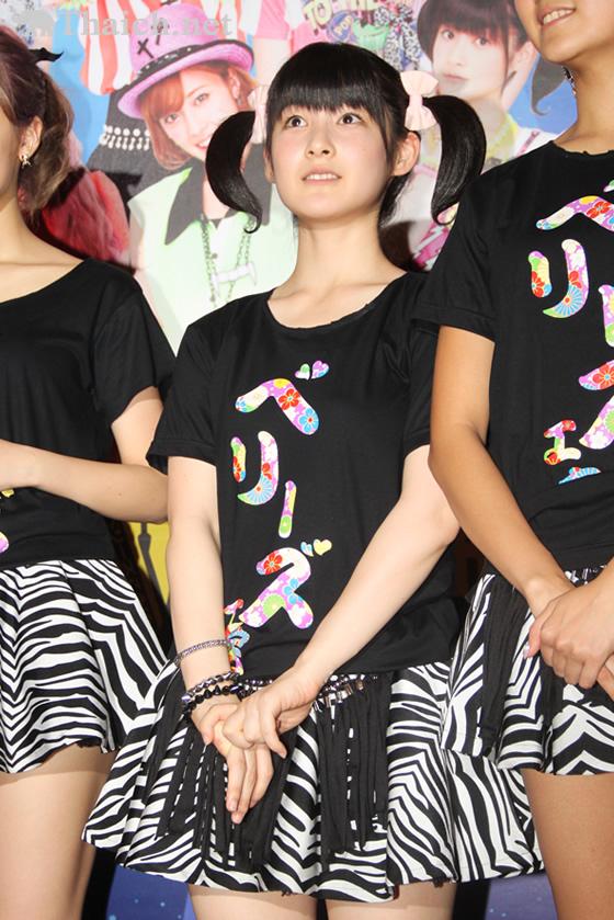 Berryz工房がバンコク公演でファン熱狂