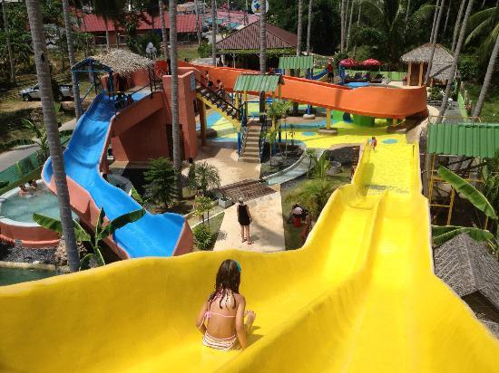ココスプラッシュウォーターパーク(Coco Splash Waterpark)