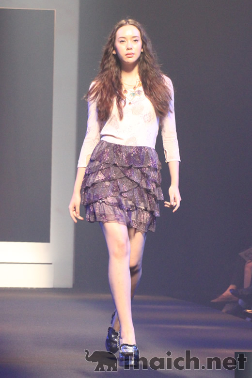 Disaya-ELLE Fashion Week 2011 Autumn/Winter at CentralWorld