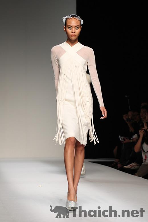 THEATRE-ELLE Fashion Week 2011 Autumn/Winter at CentralWorld