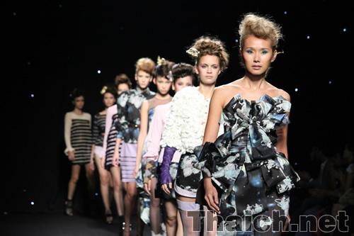 senada-ELLE Fashion Week 2010