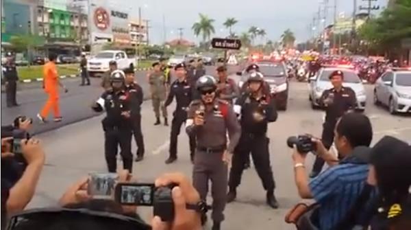 爆笑!タイ警察が飲酒運転防止のために行ったこと