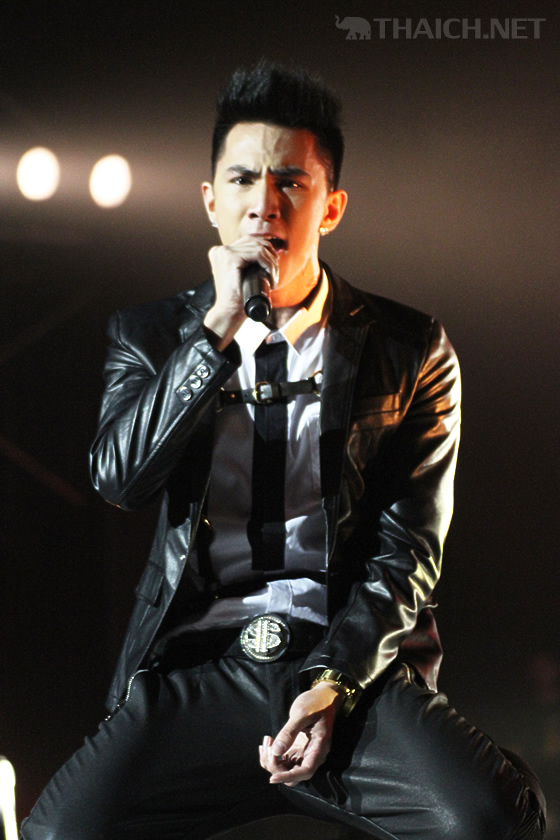 Timethai(タームタイ) AIS 3G One-2-Call! Present Kamikaze K Fight Concert