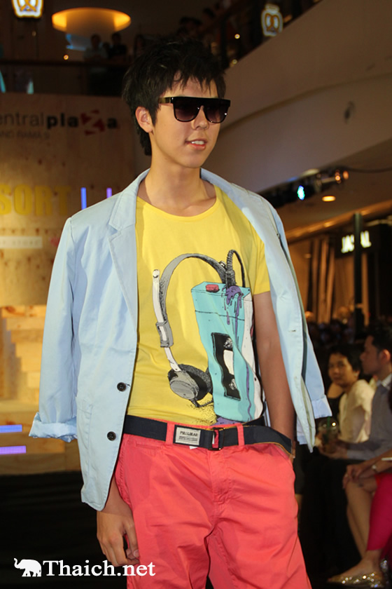 ファッションショー MIDNIGHT RESORT SPRING/SUMMER COLLECTION 2013