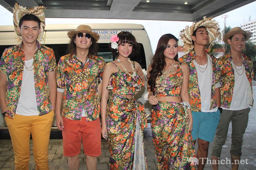 STAR PARTY TV Pool 24th Aloha Paradise