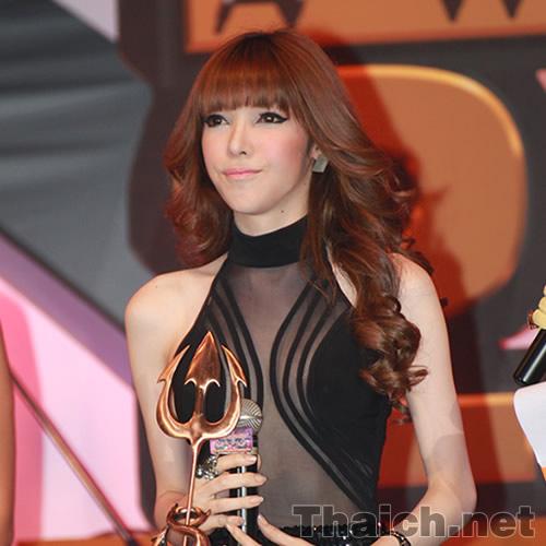 SUPER บันเทิง AWARDS 2011