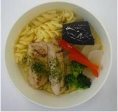グリルチキンのグリーンカレースープ
