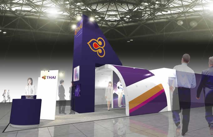 タイ国際航空が「ツーリズムEXPOジャパン2016」に出展、客室乗務員との記念撮影も