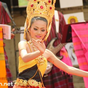 thai woman image