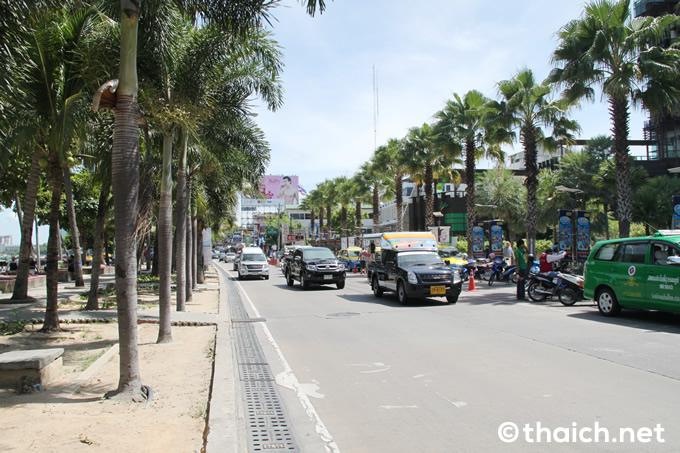 王様が亡くなられたタイの年末年始は観光に影響ありますか?