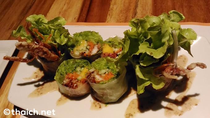 「Mango Soft Shell Crab Nama Harumaki」(220バーツ)