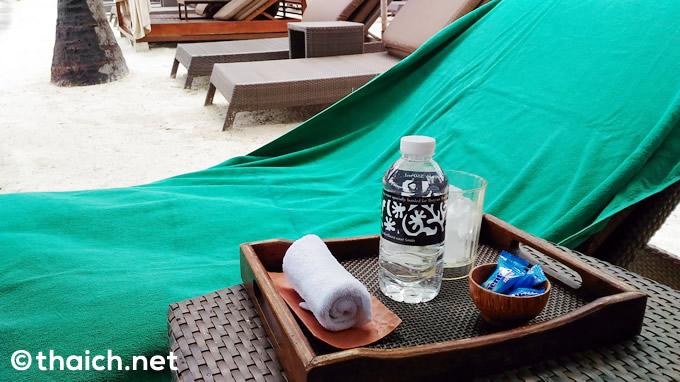 「バンヤンツリー・サムイ」プライベートビーチのスタッフのさんのサービス最高