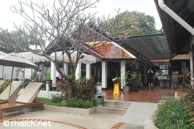 サムイ島「チャウエン リージェント」で大満足の朝食ブッフェ、そしてビーチの散歩