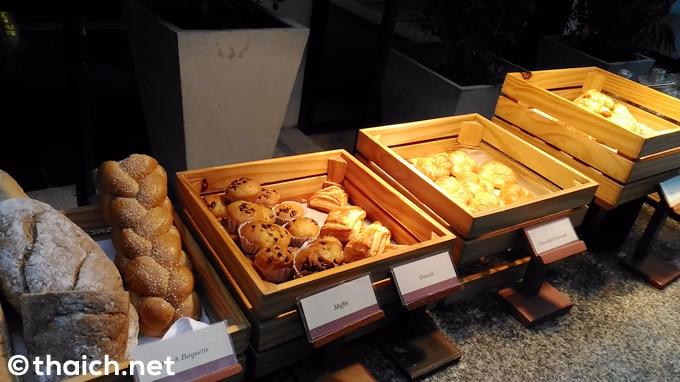 chaweng regent breakfast 13