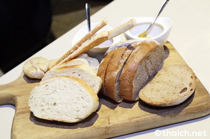 イタリアン・レストランの『スカリー二』