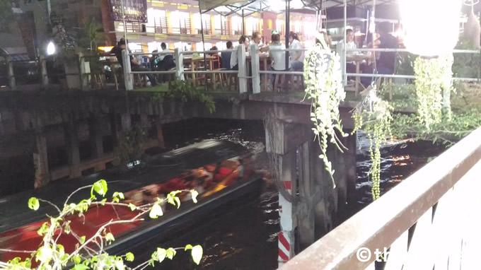 プラトゥナーム「麺屋 一」からの風景