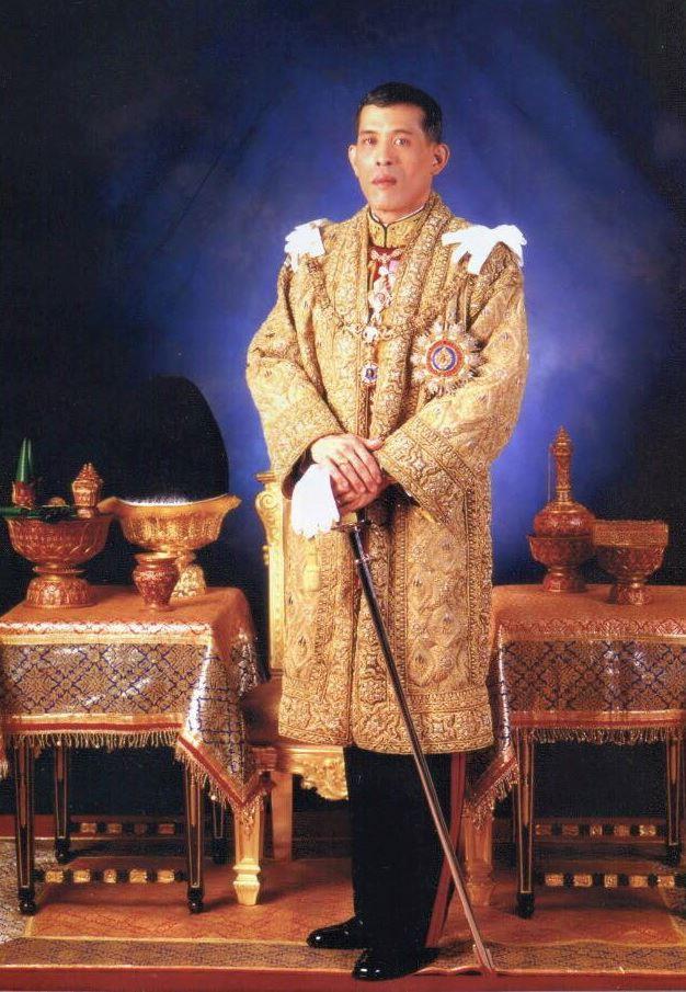 ワチラロンコン皇太子がタイ国王に即位、ラマ10世に