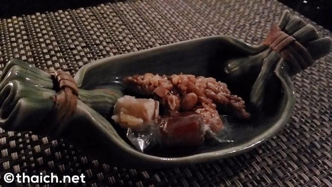 最後の最後に、タイの伝統菓子も。