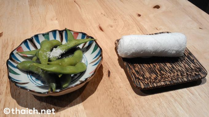 ラマ9「豚珍館ラーメン」 サービスの枝豆