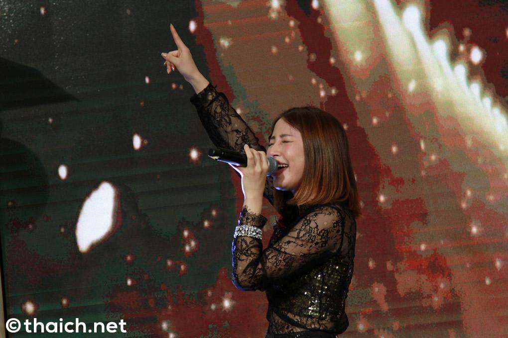 吉川友 ライブ in バンコク「JAPAN EXPO THAILAND 2017」初日