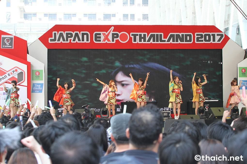 アップアップガールズ(仮)がバンコクで初ライブ!「JAPAN EXPO THAILAND 2017」