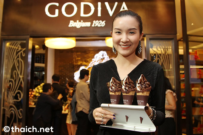 「GODIVA(ゴディバ)」がサイアムパラゴンでグランドオープン