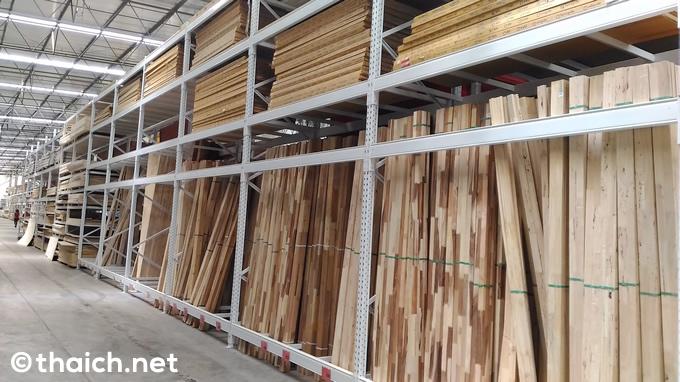 「タイワサドゥ(THAI WATSADU)」の木材