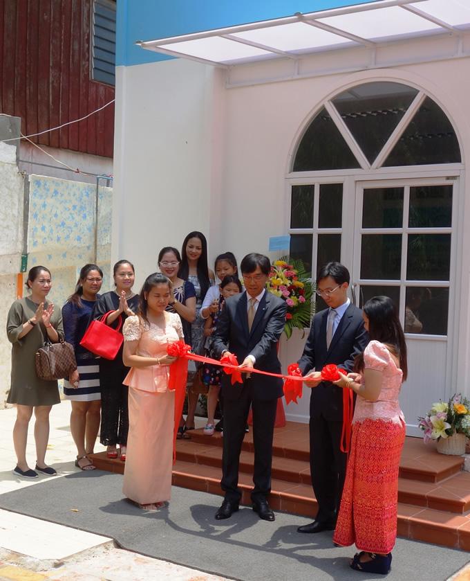 公文式教室がカンボジアで開設、KUMONは50の国と地域へ