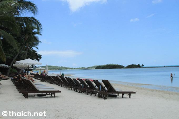 サムイ島のリゾートホテル「チャウエン リージェント ビーチ リゾート」のビーチ